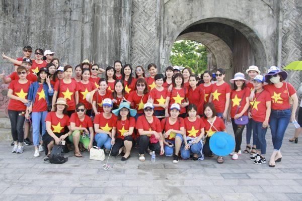 Tổ chức, bán tour du lịch